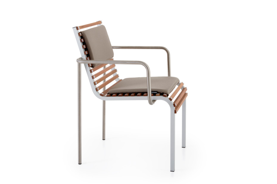 Extempore chairs