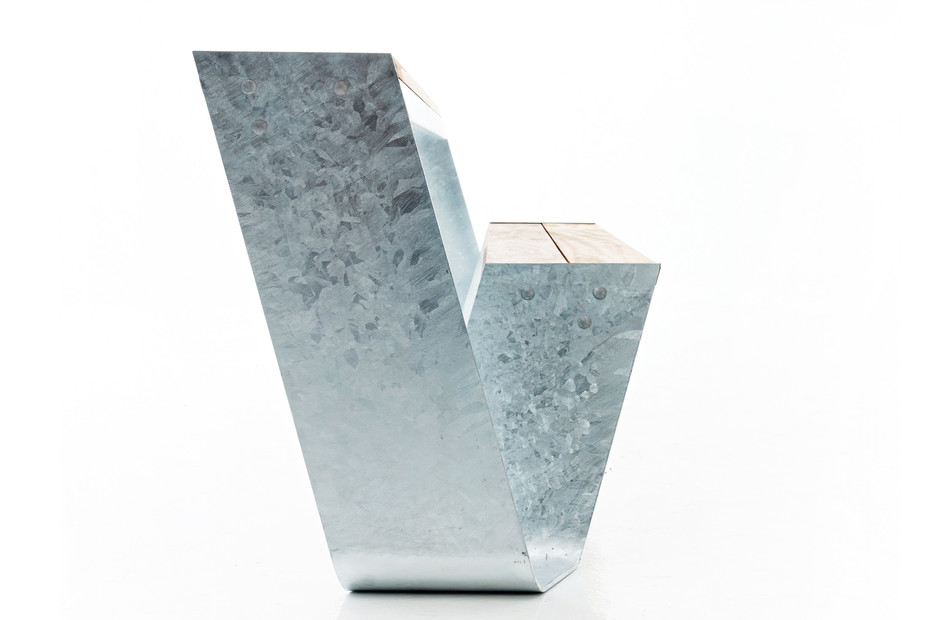 Hopper bench