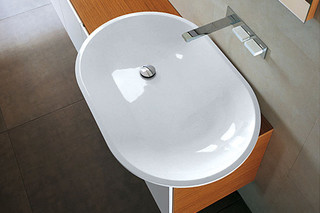 Above-mounted oval basin  by  Falper