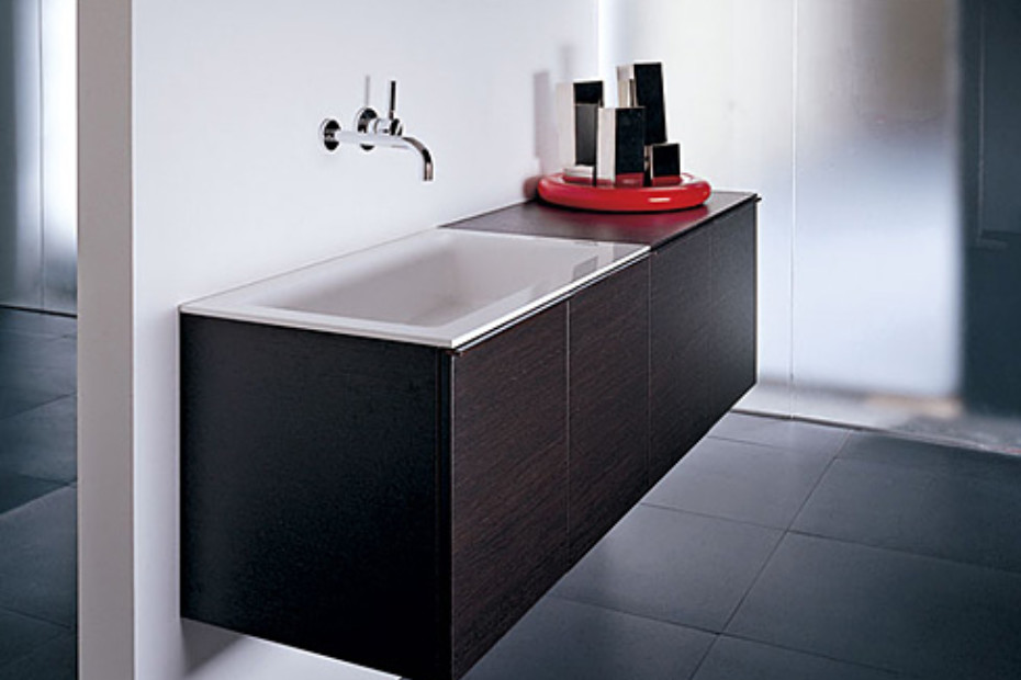 Gap basin unit with two doors