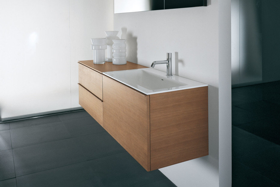 Gap unit with two drawers