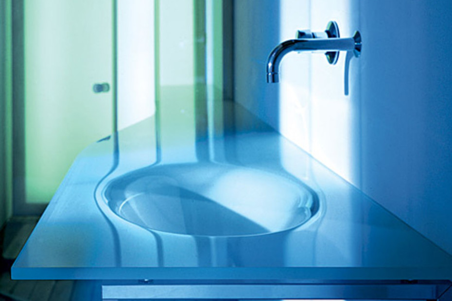 Via Veneto glass top with monobloc basin