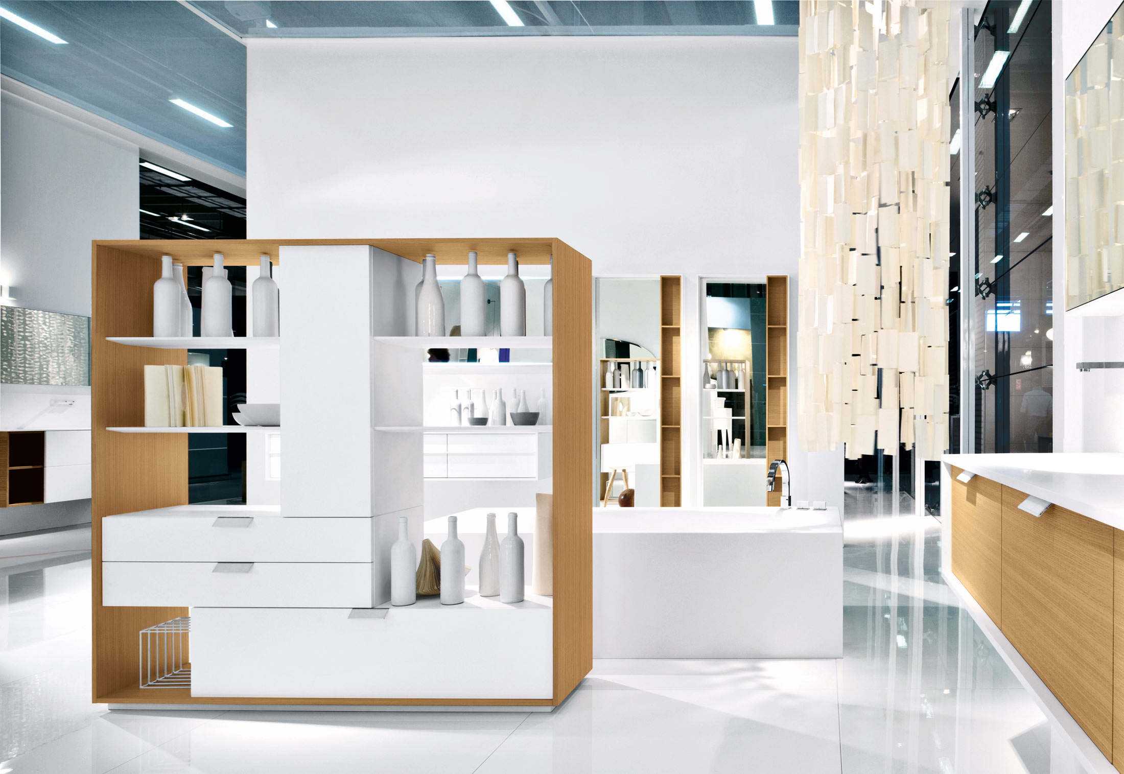 Via veneto regal von falper stylepark for Salone veneto del mobile