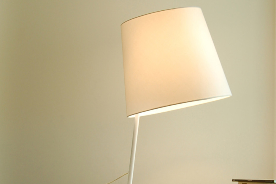 Excentrica table lamp