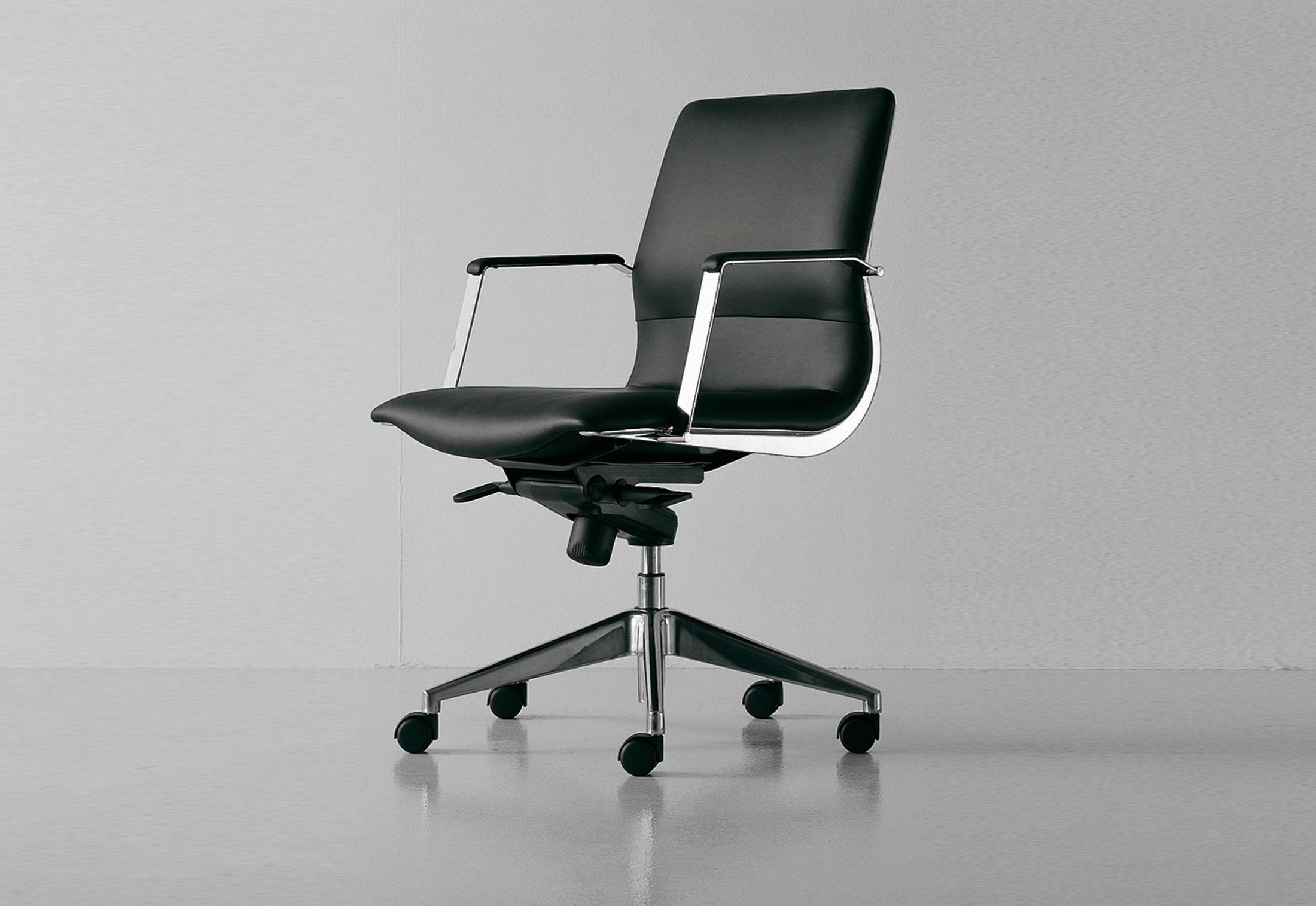 Cx Executive Swivel Chair By Fantoni Stylepark