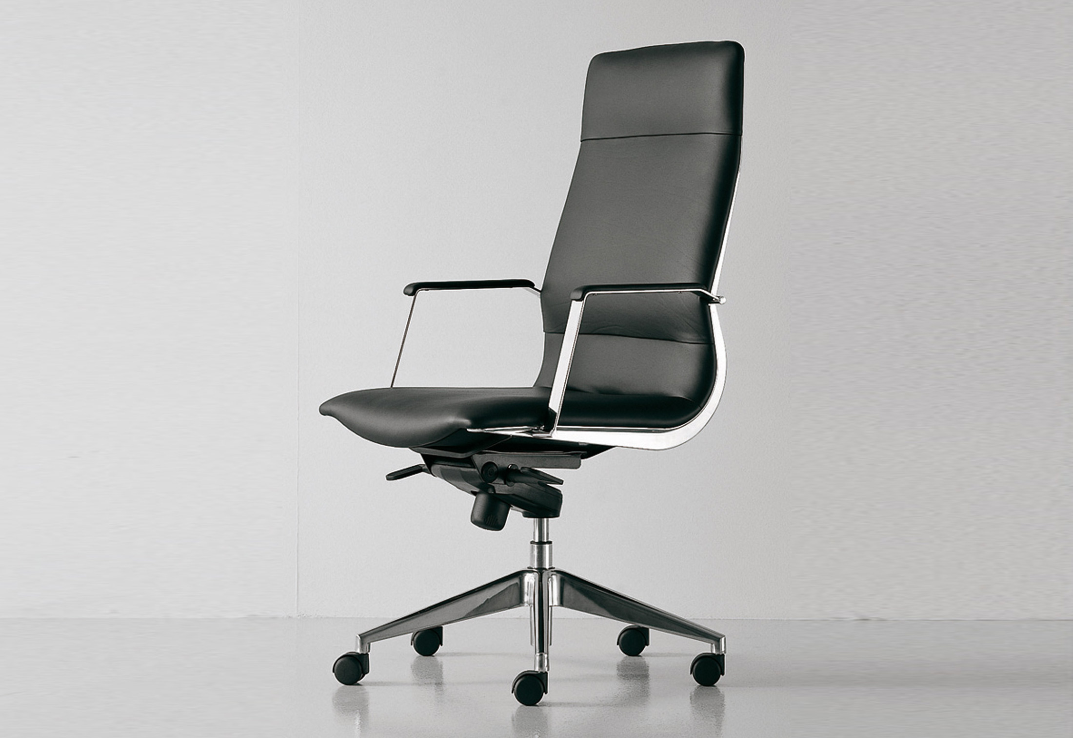 Cx Executive Swivel Chair By Fantoni Stylepark