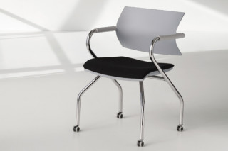 Vanilla with castors  by  Fantoni