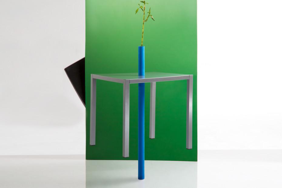 Inside Out Tisch quadratisch