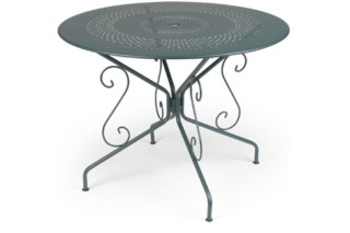 Montmartre round table  by  Fermob