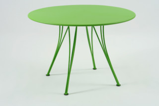 Rendez-vous round table  by  Fermob