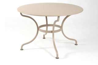 Romane round table  by  Fermob