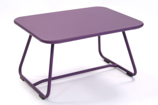 Sixties table  by  Fermob