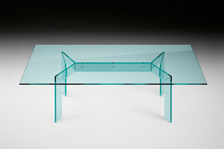 Cross dining table  by  FIAM Italia