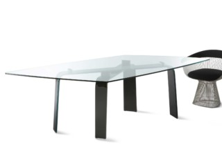 Naxos table  by  FIAM Italia