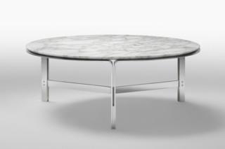 Clarke side table  by  Flexform