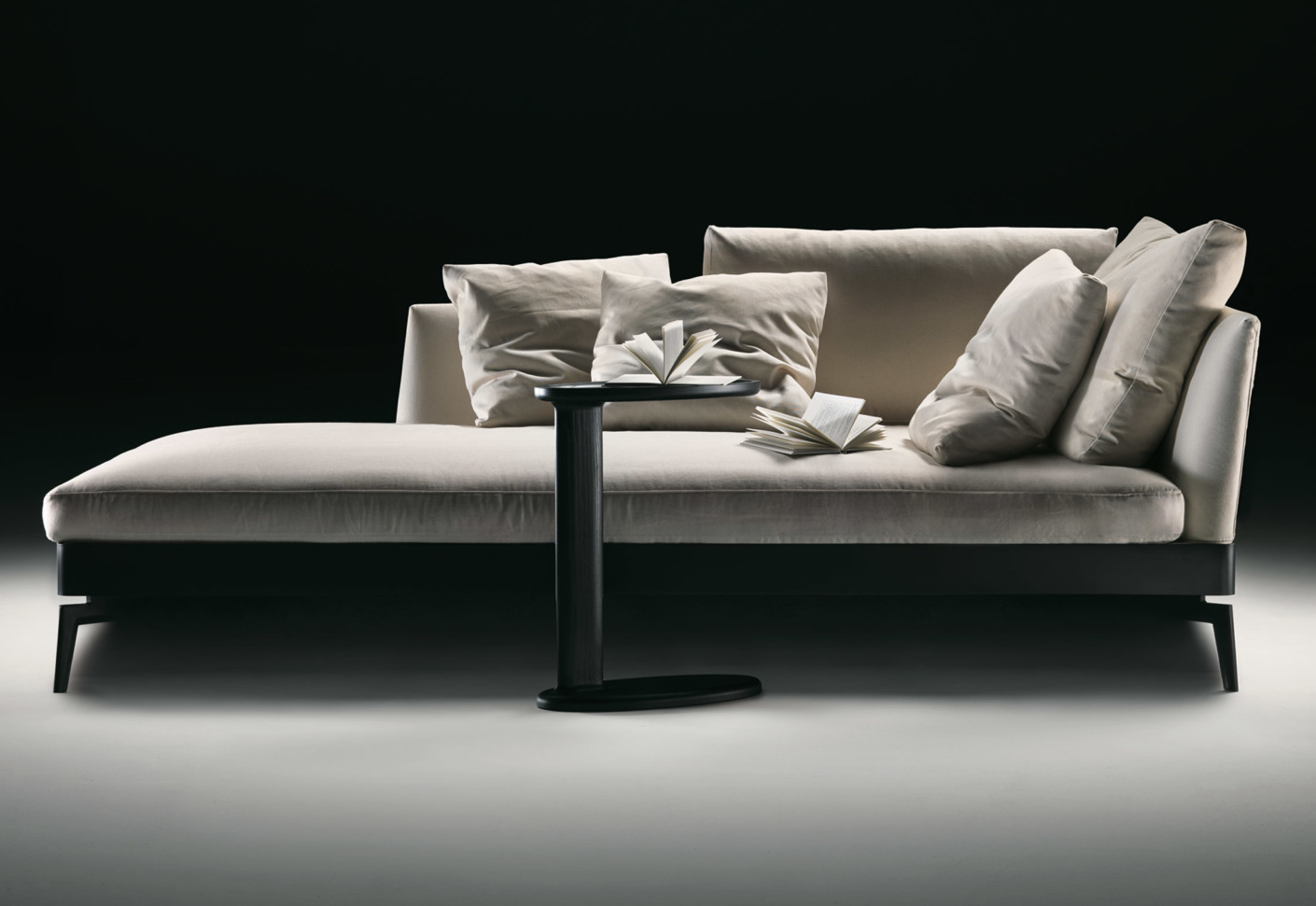 feel good chaiselongue by flexform stylepark. Black Bedroom Furniture Sets. Home Design Ideas