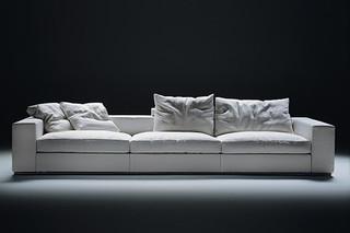 Groundpiece Sofa  by  Flexform