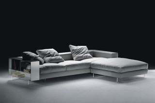 Lightpiece Sectional sofa  by  Flexform