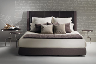 Margaret bed  by  Flexform