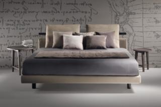 Patrik Bed  by  Flexform
