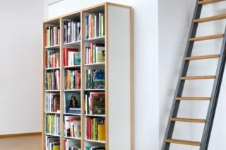 Bücherei  von  Flötotto