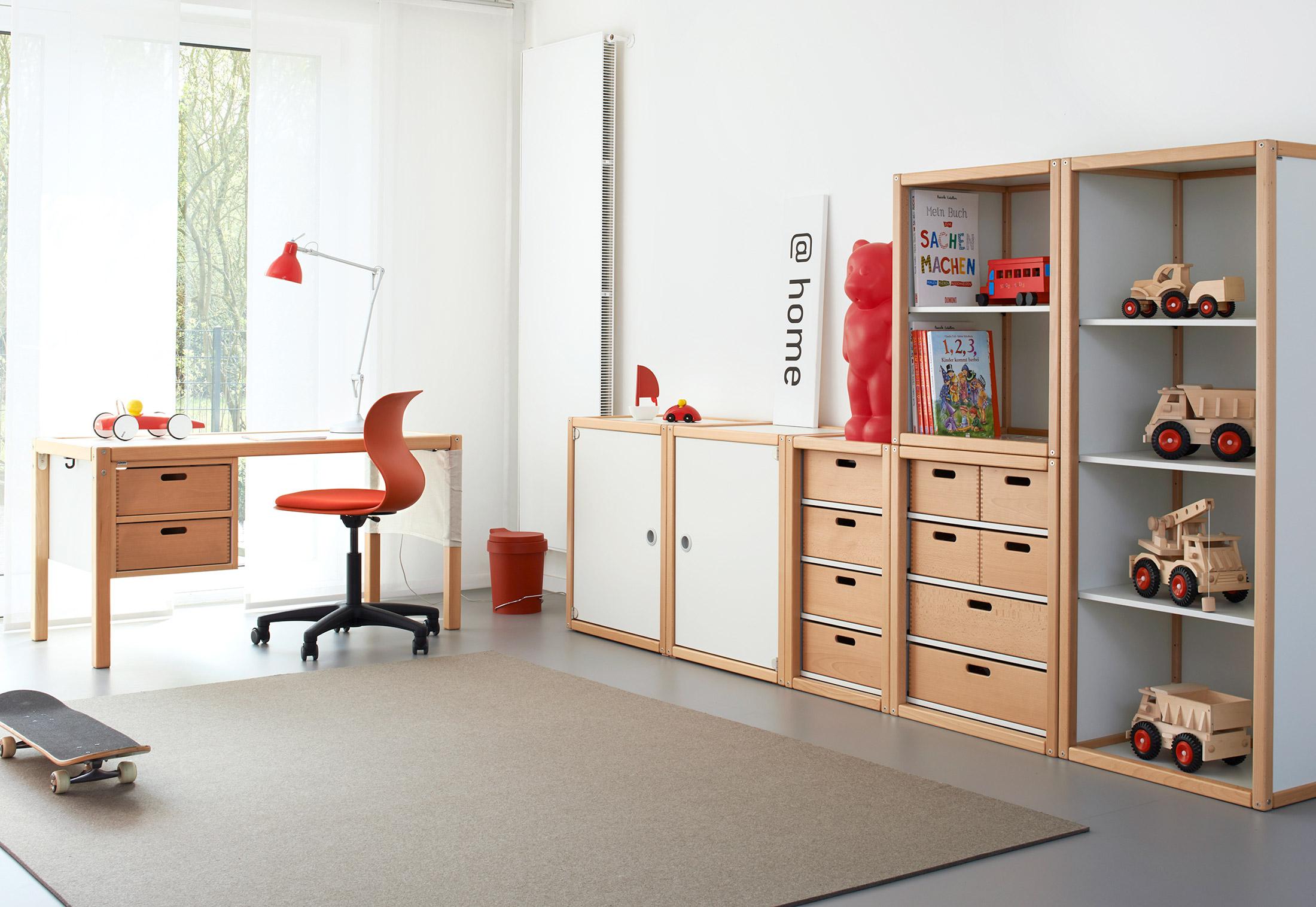 Pro Swivel Chair By Stylepark