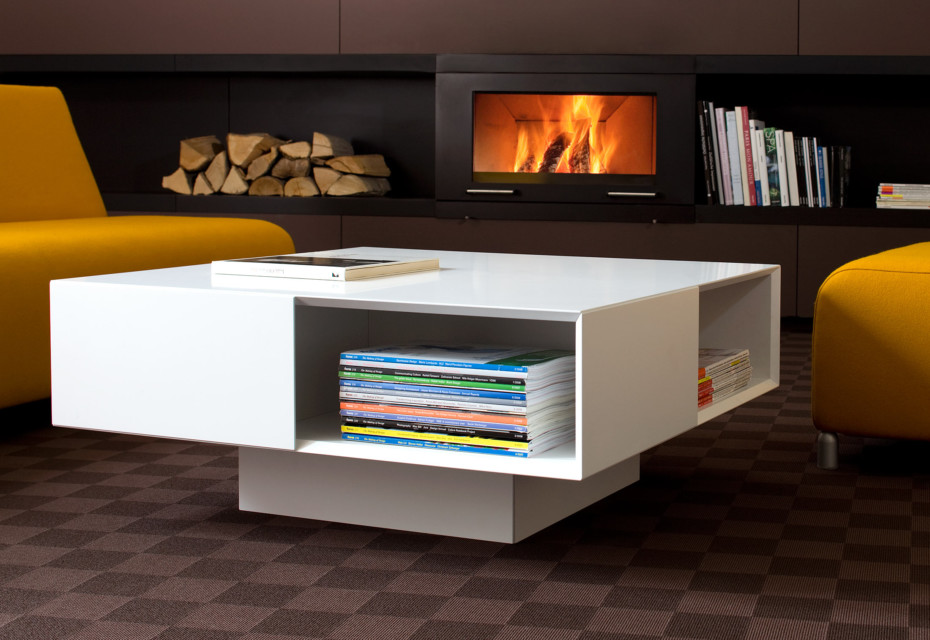 Quaro coffee table