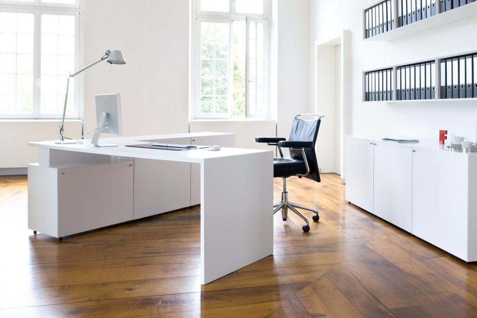 Quaro desk system