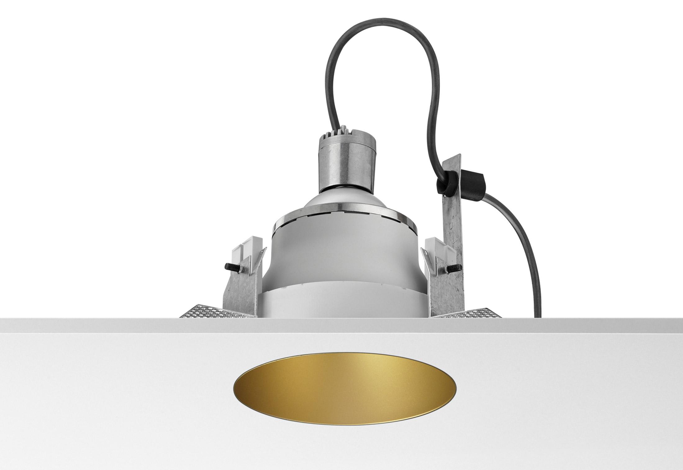 Plafoniere Da Soffitto Flos : Faretto flos incasso a led in alluminio soffitto da