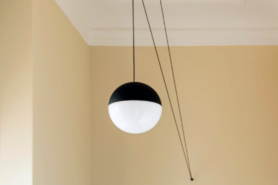 String Light Sphere