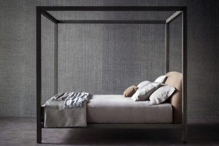 Ari bed  by  FLOU