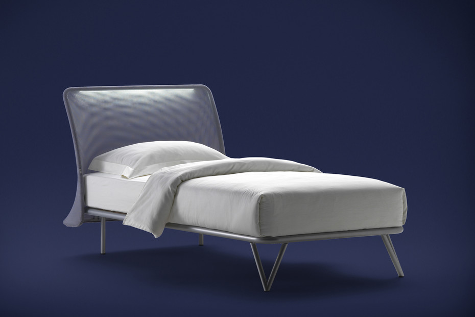 Essentia single bed