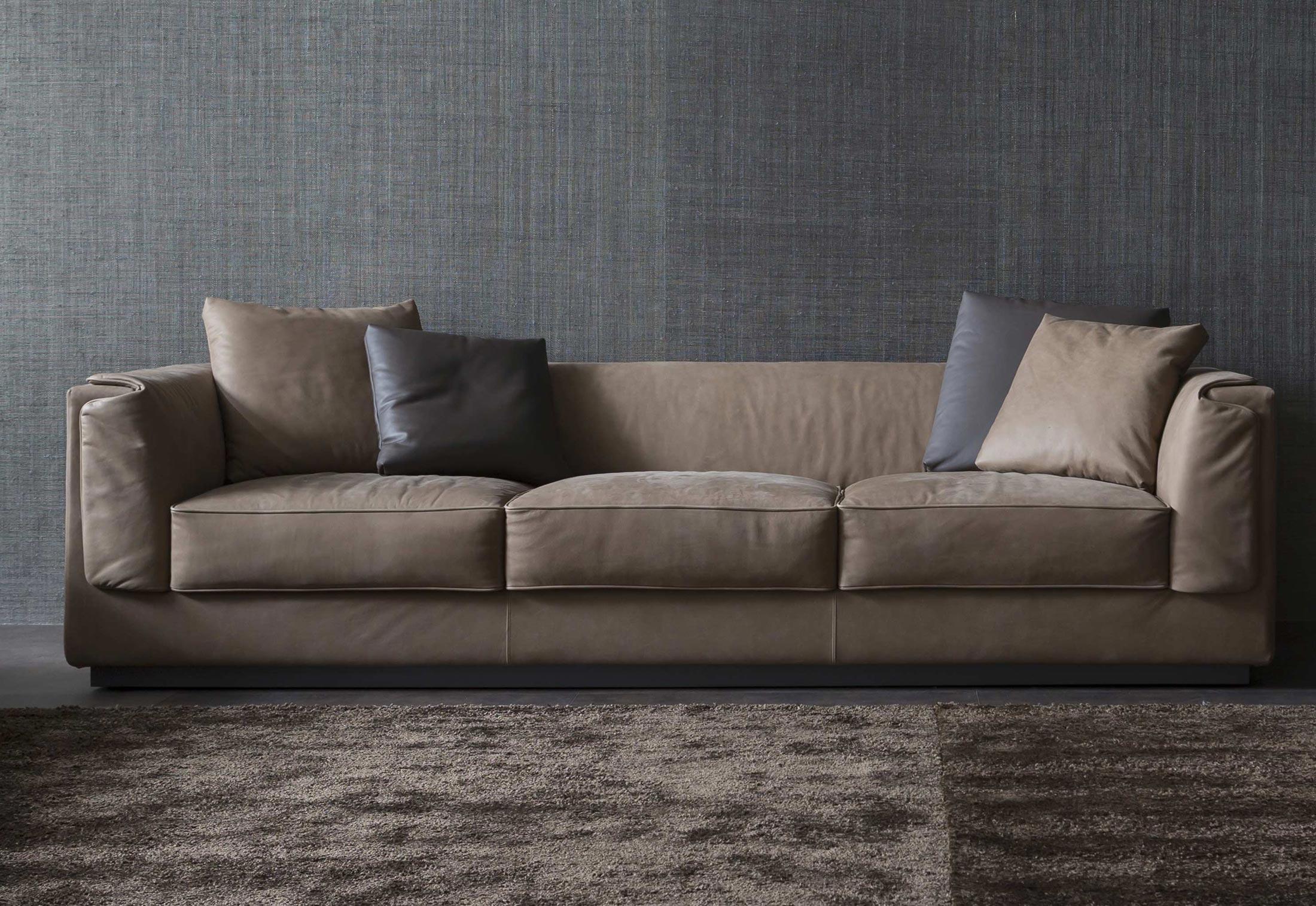 gentleman sofa von flou stylepark. Black Bedroom Furniture Sets. Home Design Ideas