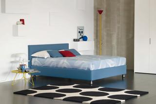 Notturno 2 Doppelbett  von  FLOU