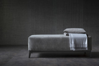 Olivier bench  by  FLOU