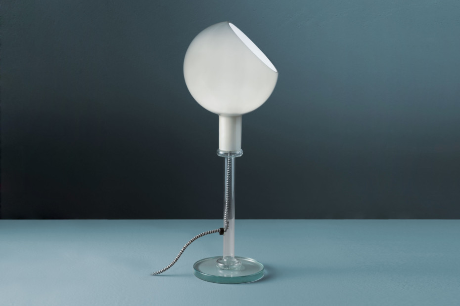 Parola table lamp