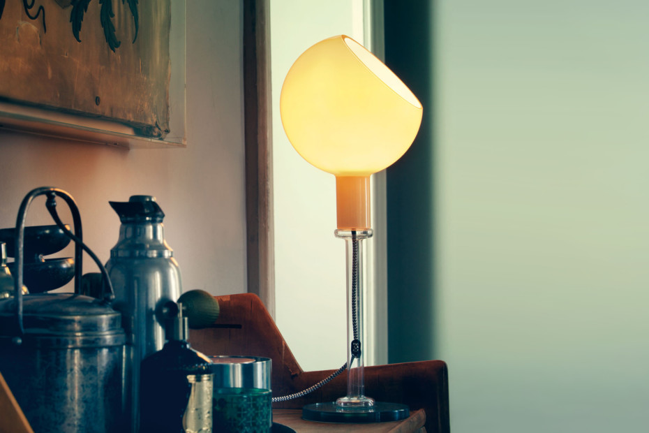 Parola table lamp