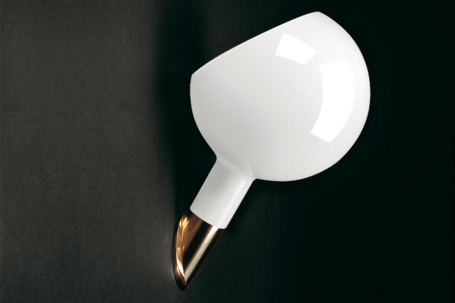 Parola wall lamp