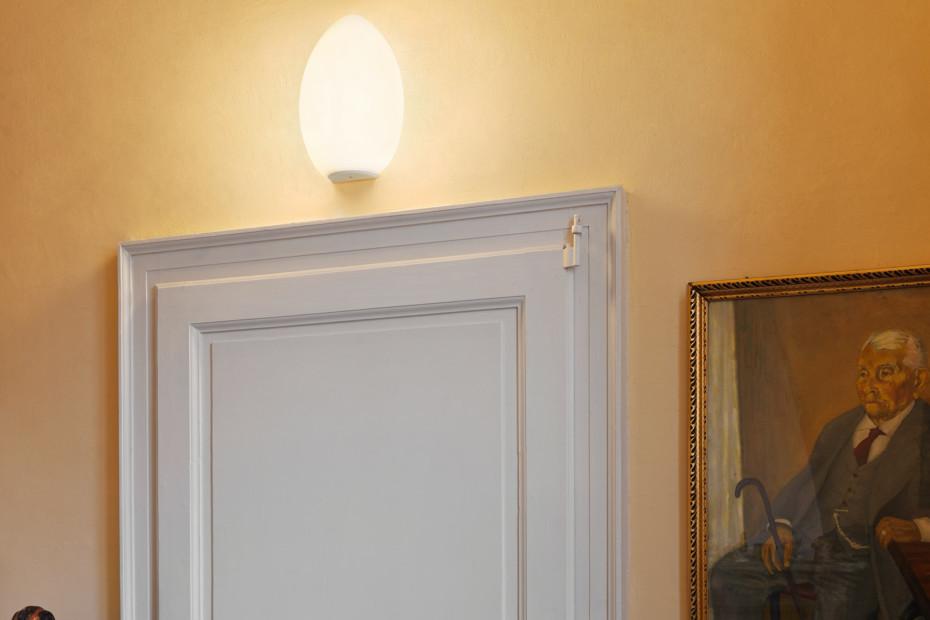 Uovo wall lamp