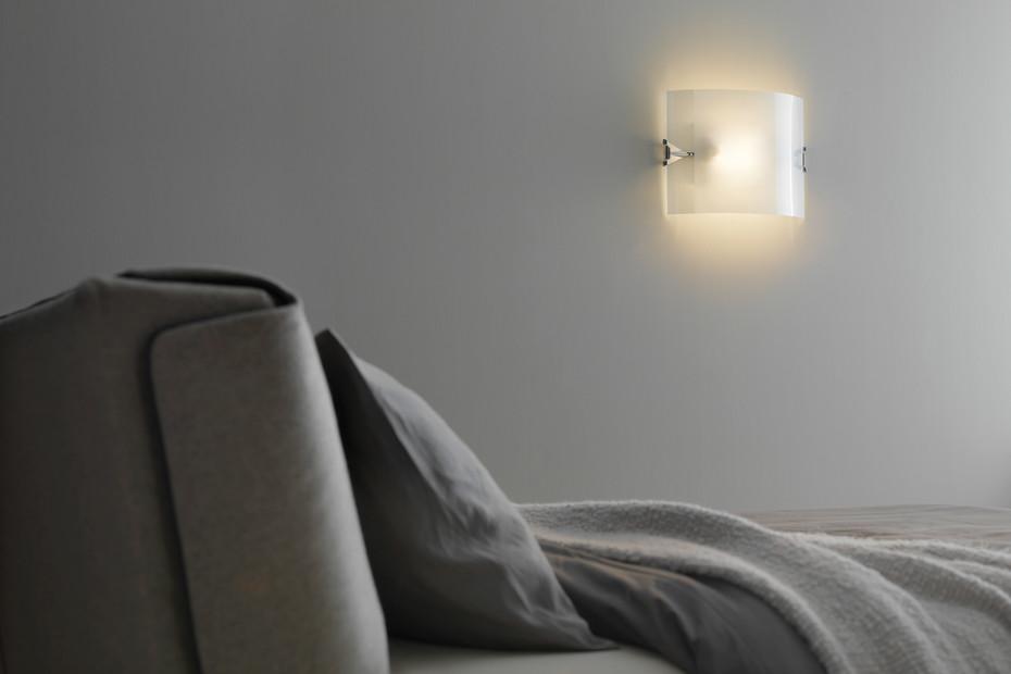 Velo wall lamp