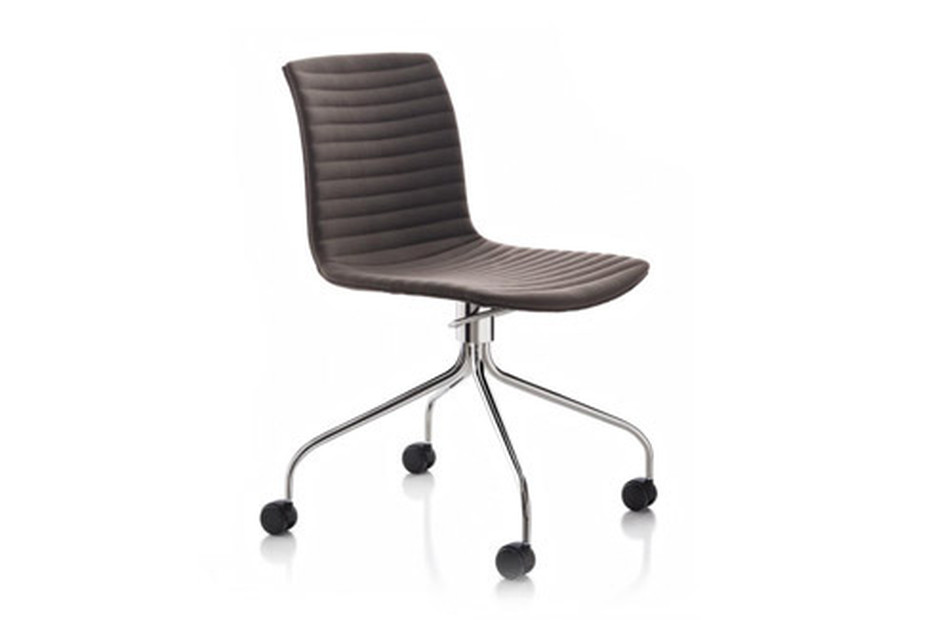 Data chair with castors