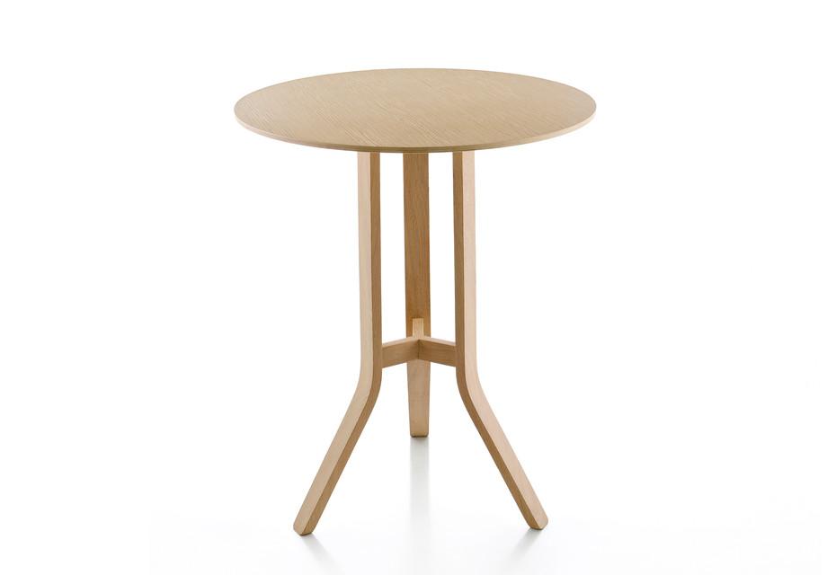 Wolfgang bar table
