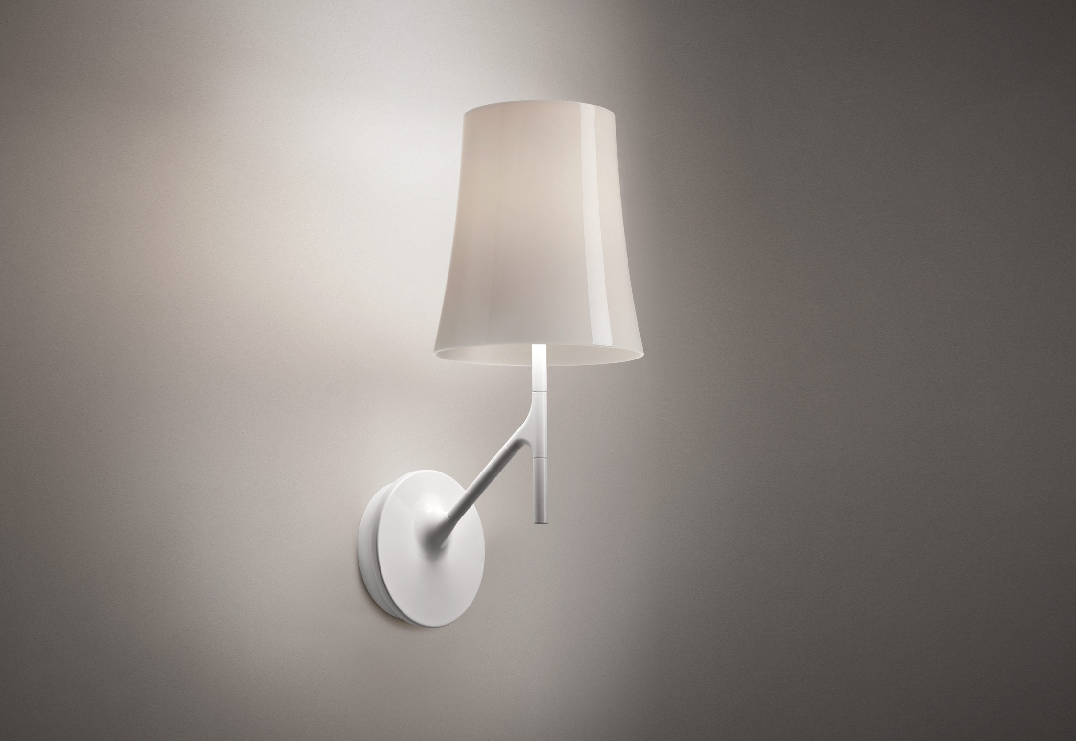 Wall Mounted Inspection Lamp : Birdie wall lamp by Foscarini STYLEPARK