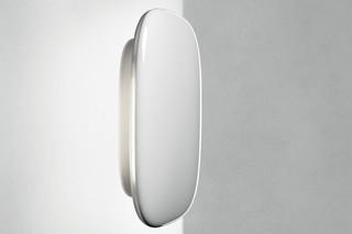Tivu wall lamp  by  Foscarini