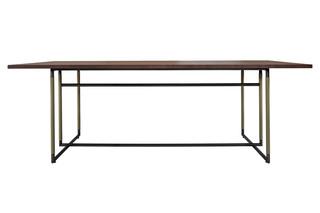 Bak table  von  Frag