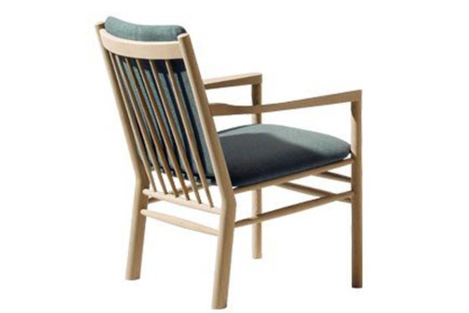 14700 Armchair