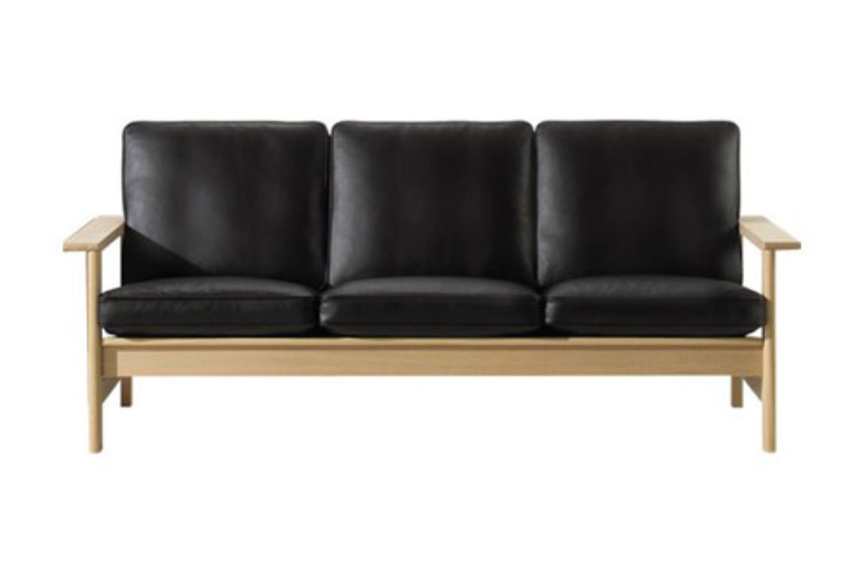 2453 Couch