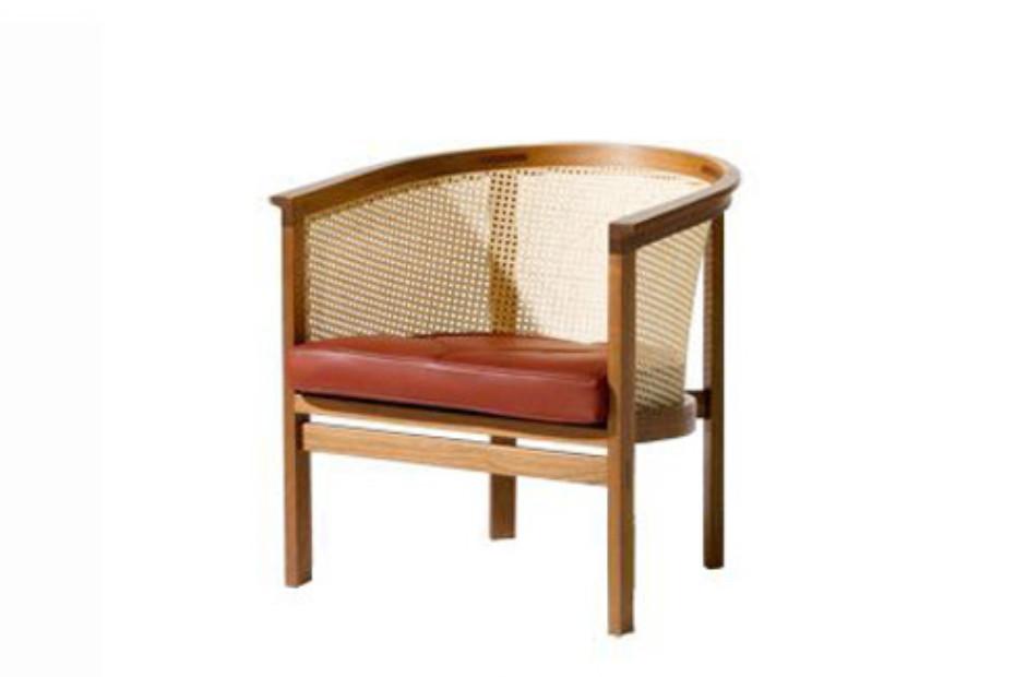 7701 Armchair