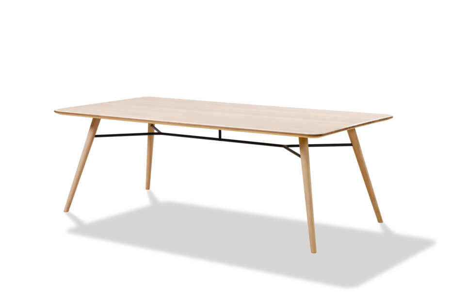 Spine dining table