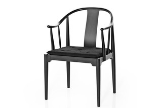 CHINA CHAIR™  by  Fritz Hansen